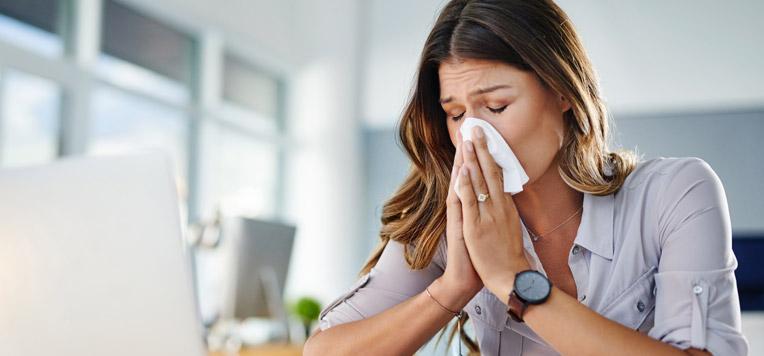 4 rimedi naturali contro raffreddore e febbre